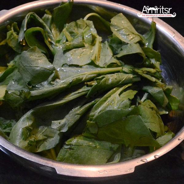 Strain palak leaves